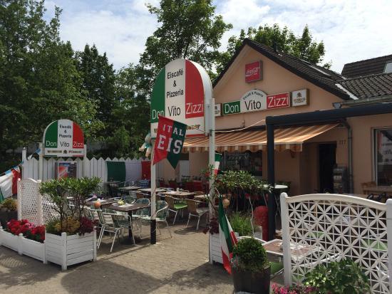 don vito zizzi eiscafe pizzeria braunschweig restaurant reviews phone number photos. Black Bedroom Furniture Sets. Home Design Ideas