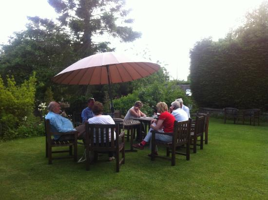 BEST WESTERN Sysonby Knoll Hotel: Sitting in the garden in lovely sunshine