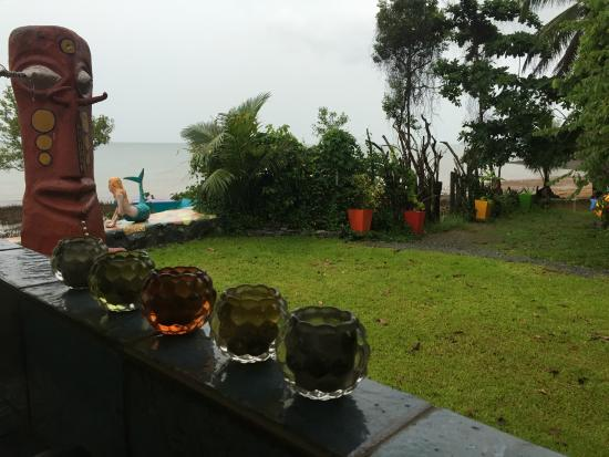 Blessed Koh Chang: Garden by the beach