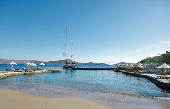 Elounda Peninsula All Suite Hotel: Private Sandy Beach
