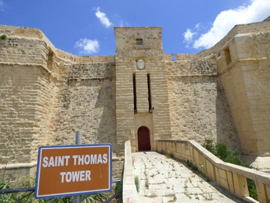 ‪St. Thomas Tower‬