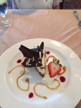 Golden Isles of Georgia, GA: If presentation is half the experience in fine dining you will love The Inn at Jeykell Island. T