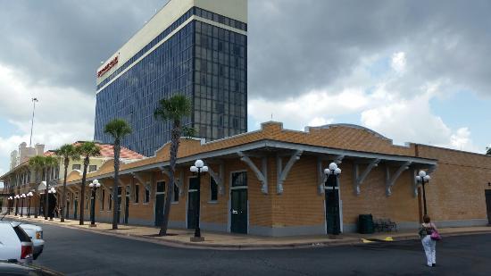 Crowne Plaza Pensacola Grand Hotel Reviews