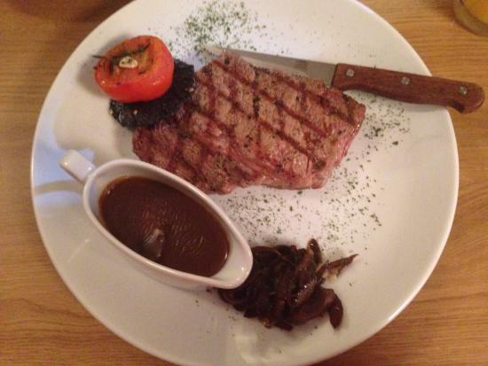 Rhondda Cynon Taf, UK: Nicest steak by far dare anyone to try better!!!!