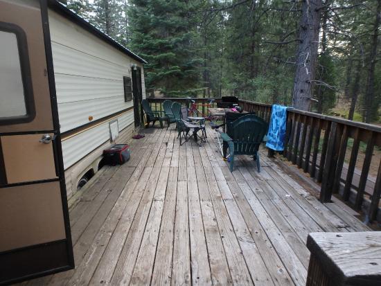 Lake Siskiyou Camp - Resort: nice deck, watch out for screws