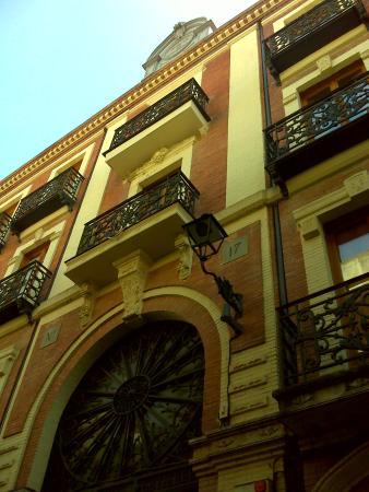 Entrada de la calle castelar fotograf a de pasaje for Calle castelar