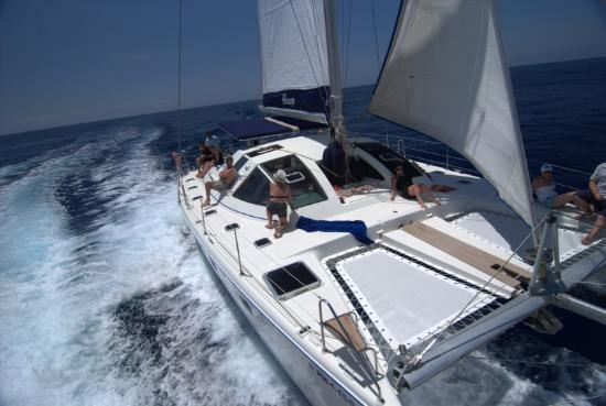 Abrazo Sailing