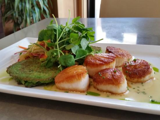 Wicked Restaurant and Wine Bar: Scallops