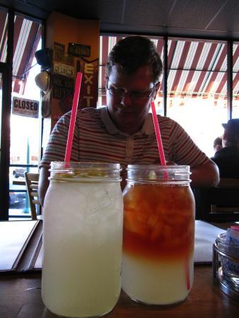 Gracie's Family BBQ: Lemonade and Arnold Palmer in 1500ml Mason jars, $2.50 each