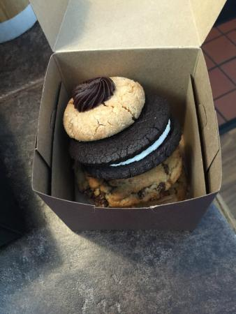 Crisp Bake Shop : Our purchase - chocolate chunk with sea salt, cocoa sandwich cookie and peanut butter with Nutel