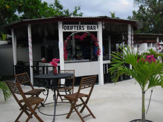 Drifters Bar & Entertainment Venue