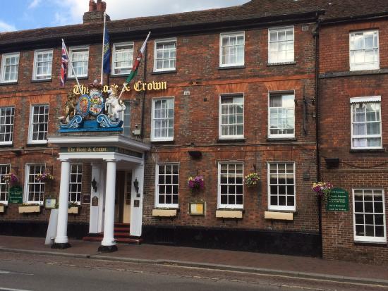 BEST WESTERN Rose And Crown In Tonbridge : Aan de buitenkant leuk.