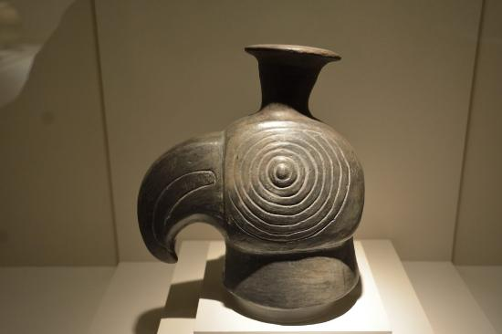 nasca pottery picture of precolumbian art museum cusco