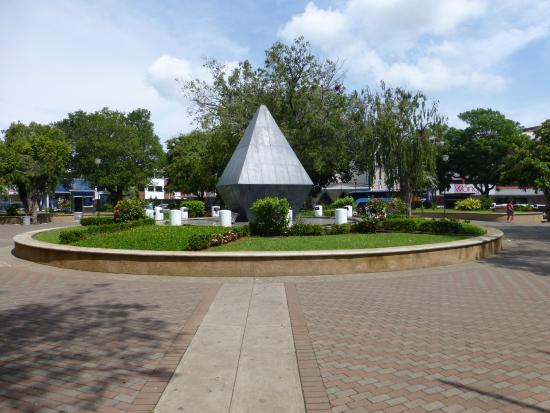 Parque Cervantes: the park
