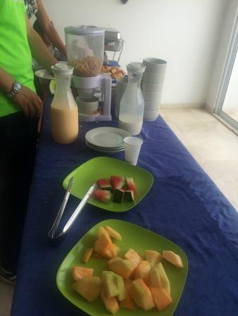 Hotel MS Castellana : Desayuno escaso y rancio