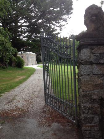 Tredudwell Manor: Anfahrt zum Haus