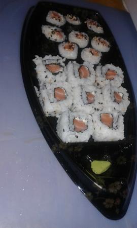 Barca de sushi que comi no Yep