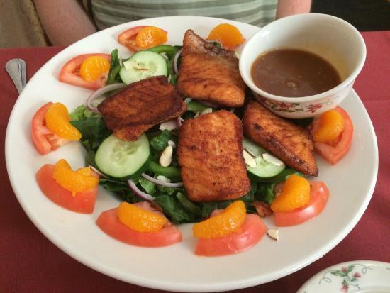 Northern Embers : Salmon Asian Salad