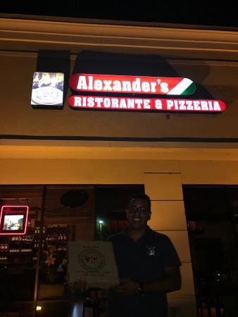 Alexander's Ristorante & Pizzeria