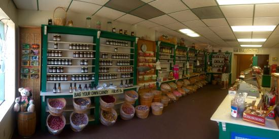 Hardy, AR: Candy and ice cream store has fantastic ice cream.