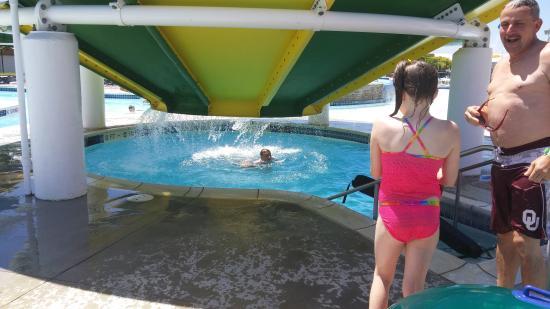 Pampa H20 Aquatic Center: super fun time!