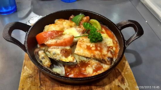 HK Kim Gary Restaurant : Nordic italian sauce baked cheese rice