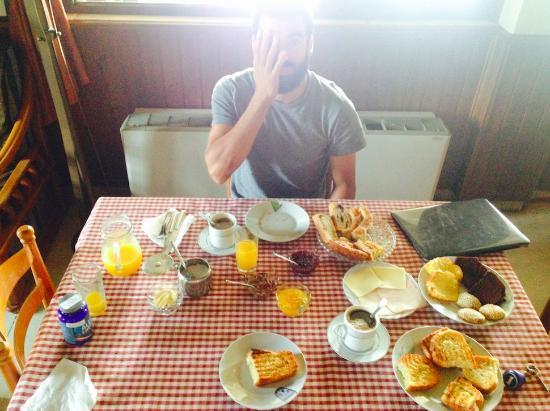 Kastro: breakfast