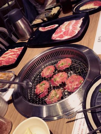 極野宴燒肉專門店 (誠品板橋旗艦店)