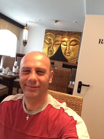 Hotel Aviv Dresden: Buongiorno..... Una colazione di un sapore unico, tutto fresco, un caffè di qualità unica... Ott