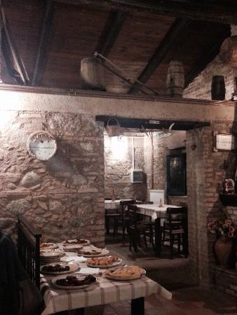 Davoli, Italia: Interno