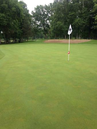 Loch March Golf & Country Club