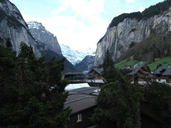 Schuetzenbach Backpackers & Camping: Desde la ventana de la habitación