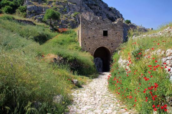 Corinth Fortress - Picture of Acrocorinth, Corinth ...