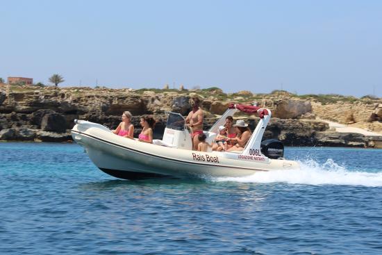 Rais Boat
