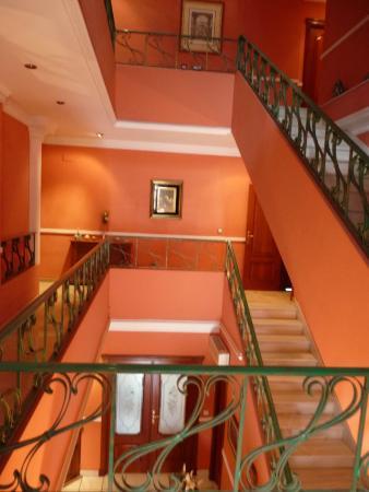 Hotel Villa Sur: Treppenhaus