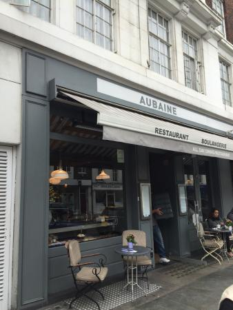 Aubaine Brompton Cross: good for breakfast