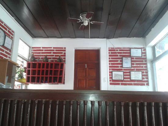 Hotel D'Lido: Recepcion