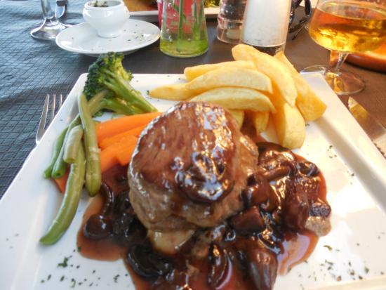 Laguna Restaurant: a great steak