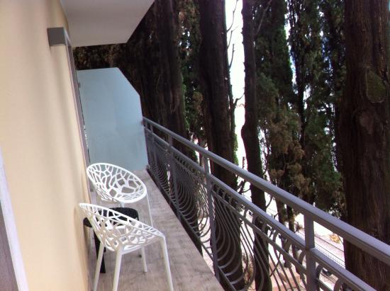 Hotel Baia dei Pini: La terrasse.....