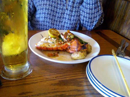 Red Lobster: Половинка хвоста лобстера