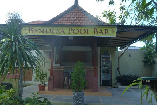 Bendesa Accommodation : bar