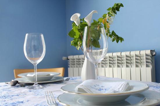Apartamentos Casa Germana: Salón - cocina