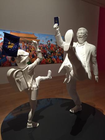 Museum of Contemporary Art: Principalement des œuvres de MUHAMMAD IZDIHARUDDIN mais aussi celles de CATALA, MARISA DARASAVAT