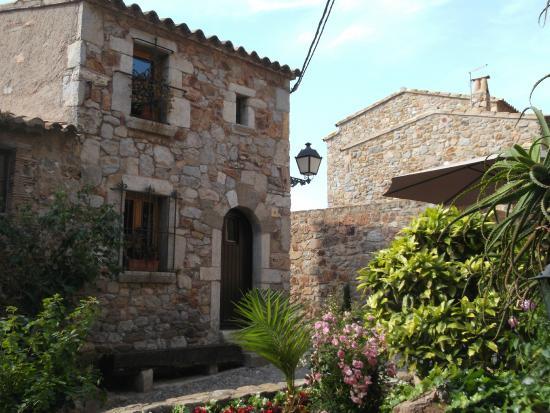 Tossa de Mar - old town Vila Vella: fotografía de Vila ...