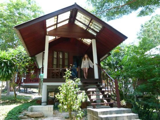 Tub Tim Resort : наше бунгало
