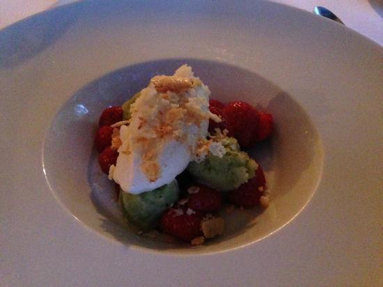 Bishop's: Stawberries & Spruce
