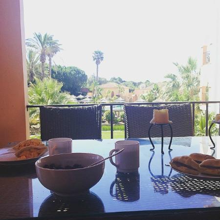 Jardim da Meia Praia : Breakfast on our balcony