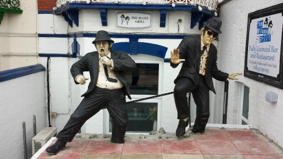 The Malvern Guest House & Blues Grill: The Blues Brothers!