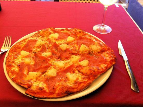 Bistro del Puerto : Pizza Jamon & Pina