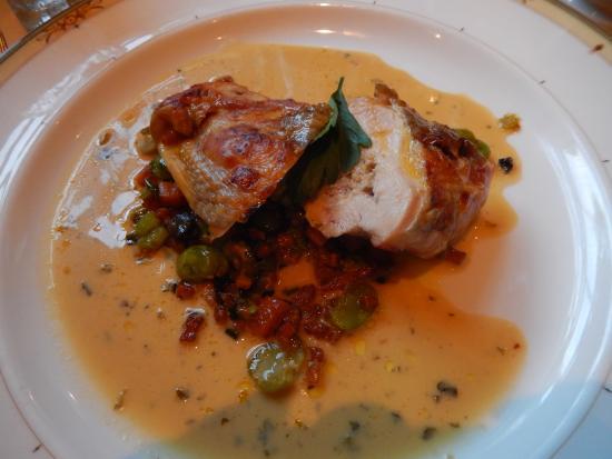 La Fleur de Lys : Guinea fowl on roasted sweet potato